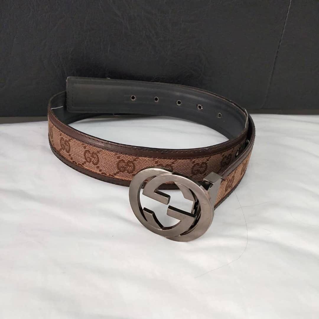 Gucci original leather bahan kanvas mix kulit asli, Lubang kancing sudah dikasih besi Like New sekali pakai