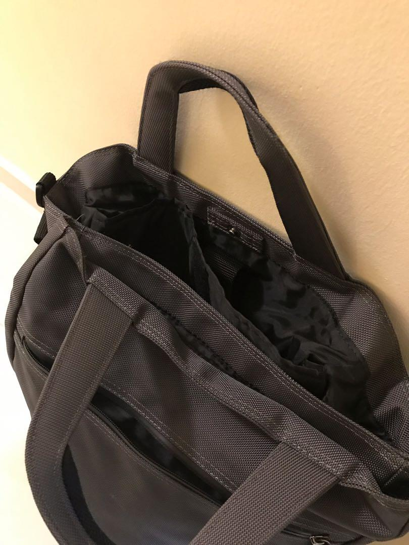 Muji bag, rarely used, suitable for man and woman.
