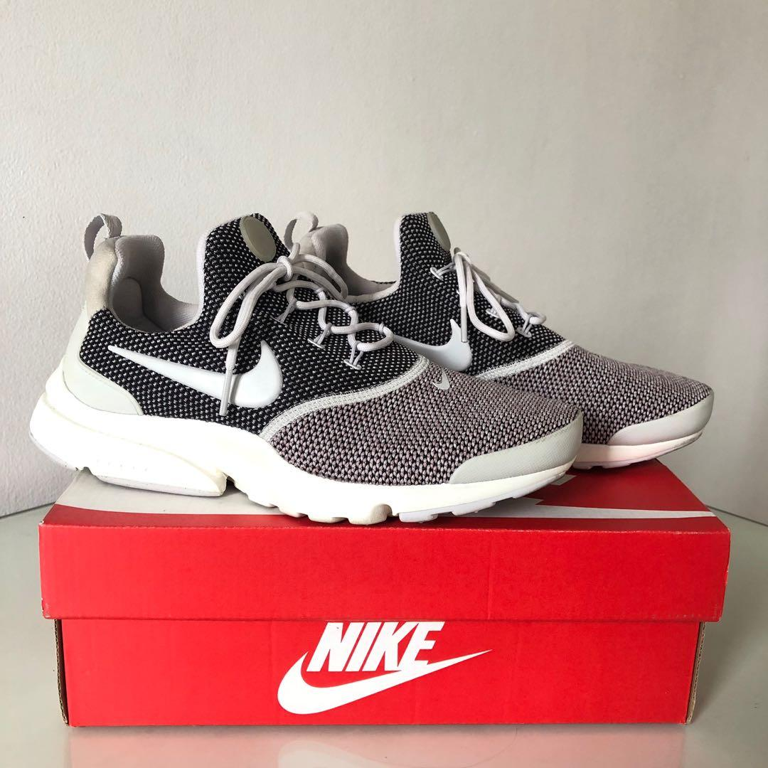 official photos e67ae 1459c Nike Presto Fly Running Shoes on Carousell