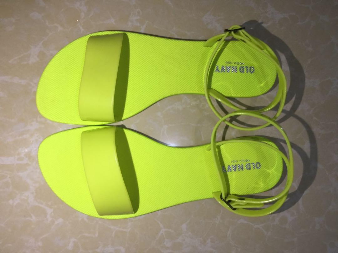 OLD NAVY NEON GREEN JELLY SANDALS SIZE