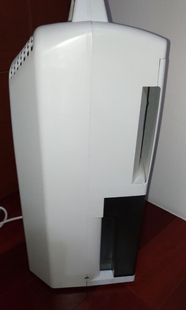 【自有物品]Panasonic 國際牌 F-Y901MW 5.6L清淨除濕機