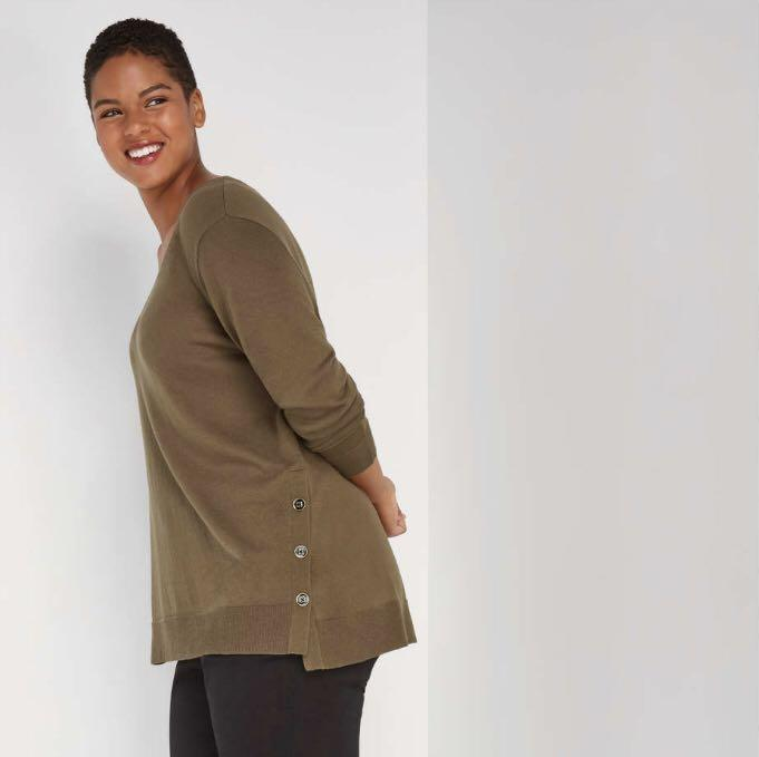 Plus size green pullover