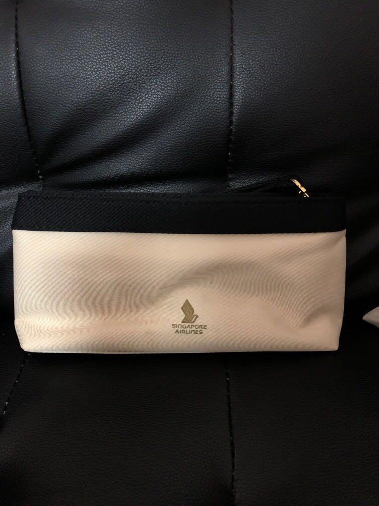 Salvatore Ferragamo Perfume Signorina 30ml with pouch Amenity kit