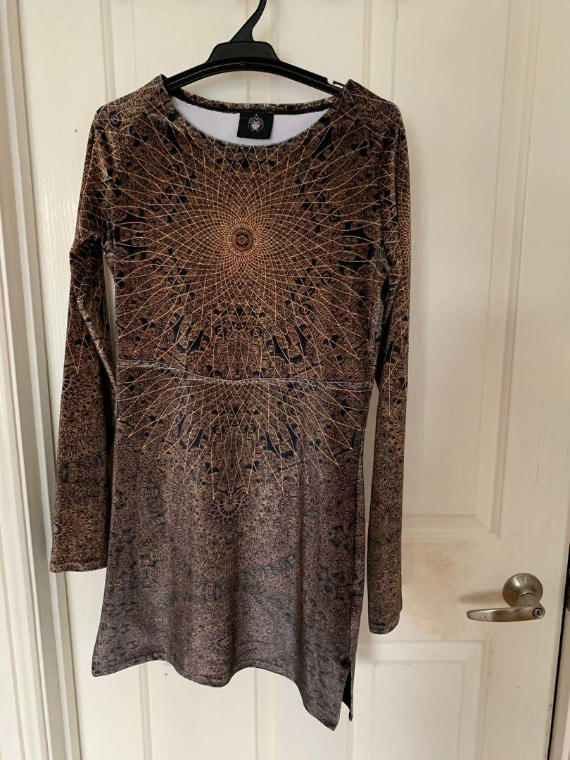 Size Large Liberated Heart Velvet Long Sleeve Dress #swapAU