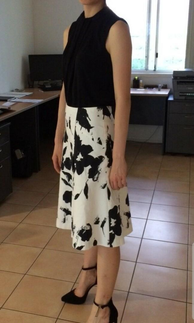 Veronica Maine Black and White Floral Print Longline Skirt