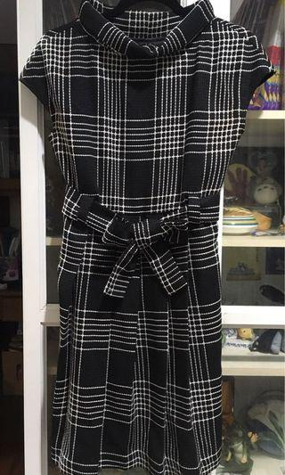 ETERMITE 冬款百折裙洋裝
