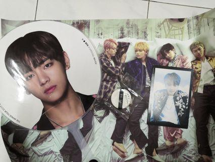 BTS: V fan with other free gift