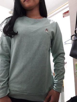 Sweater Hush Puppies hijau muda