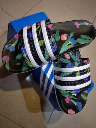 Adidas Originals Adilette Sliders / Sandals