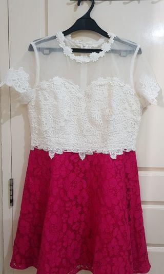 Baju pesta putih pink ceria