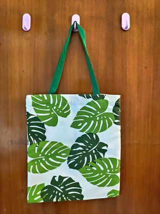 Green Monstera Leaf Tote Bag