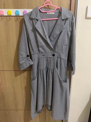 Yuan dress