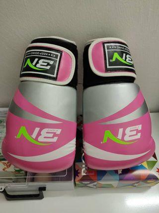 Muay Thai 🥊 Gloves