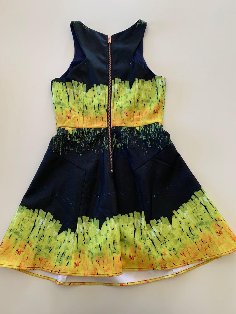 BNWT Size S Ladakh Digital Print Dress