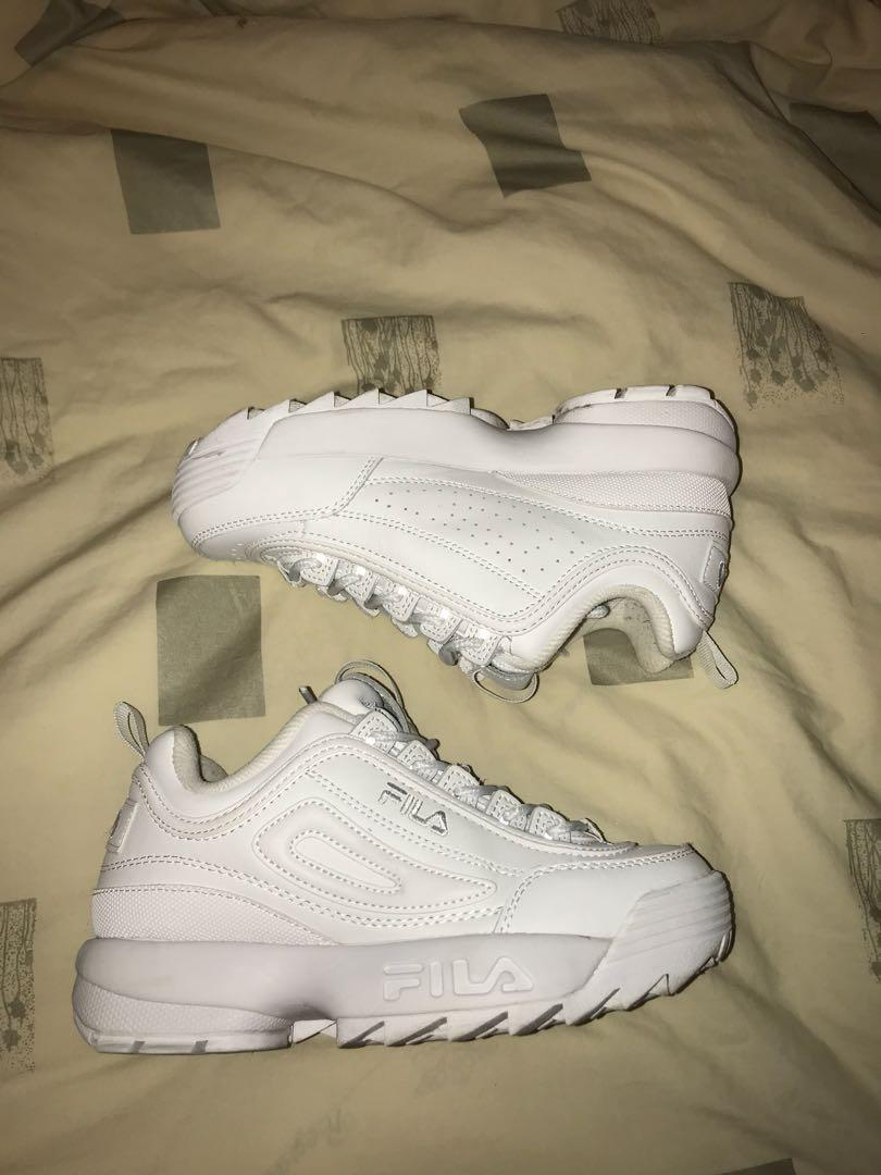 FILA white sneakers - size 5.5