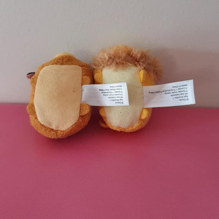Guc Tsum Tsum stackable plush Bambi deer and Lion King Mufasa