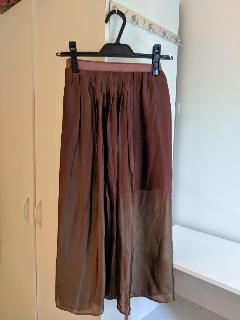 Scanlan & Theodore 100% silk slip skirt ombre pleated