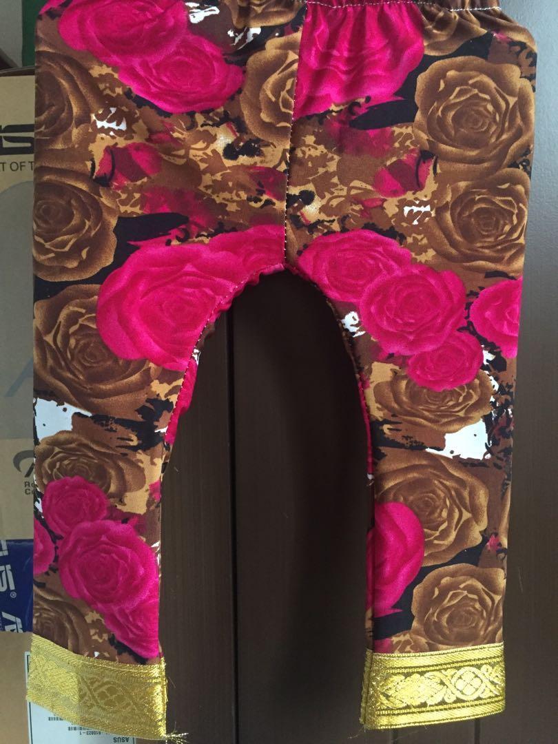 Setelan arab bunga mawar