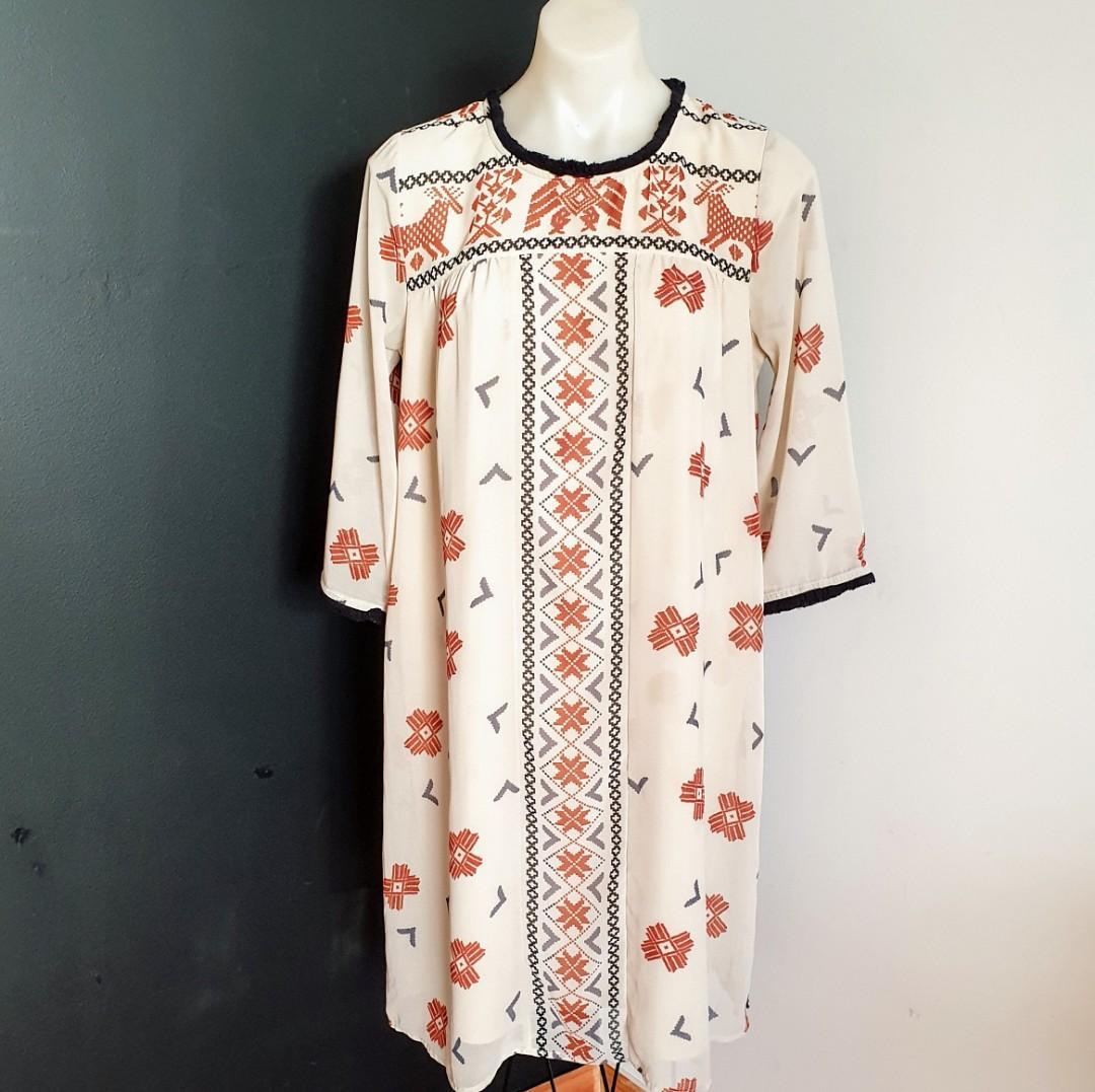 Women's size 2 = 8-10 'MAISON SCOTCH' Stunning mademoiselle boho shift dress - AS NEW
