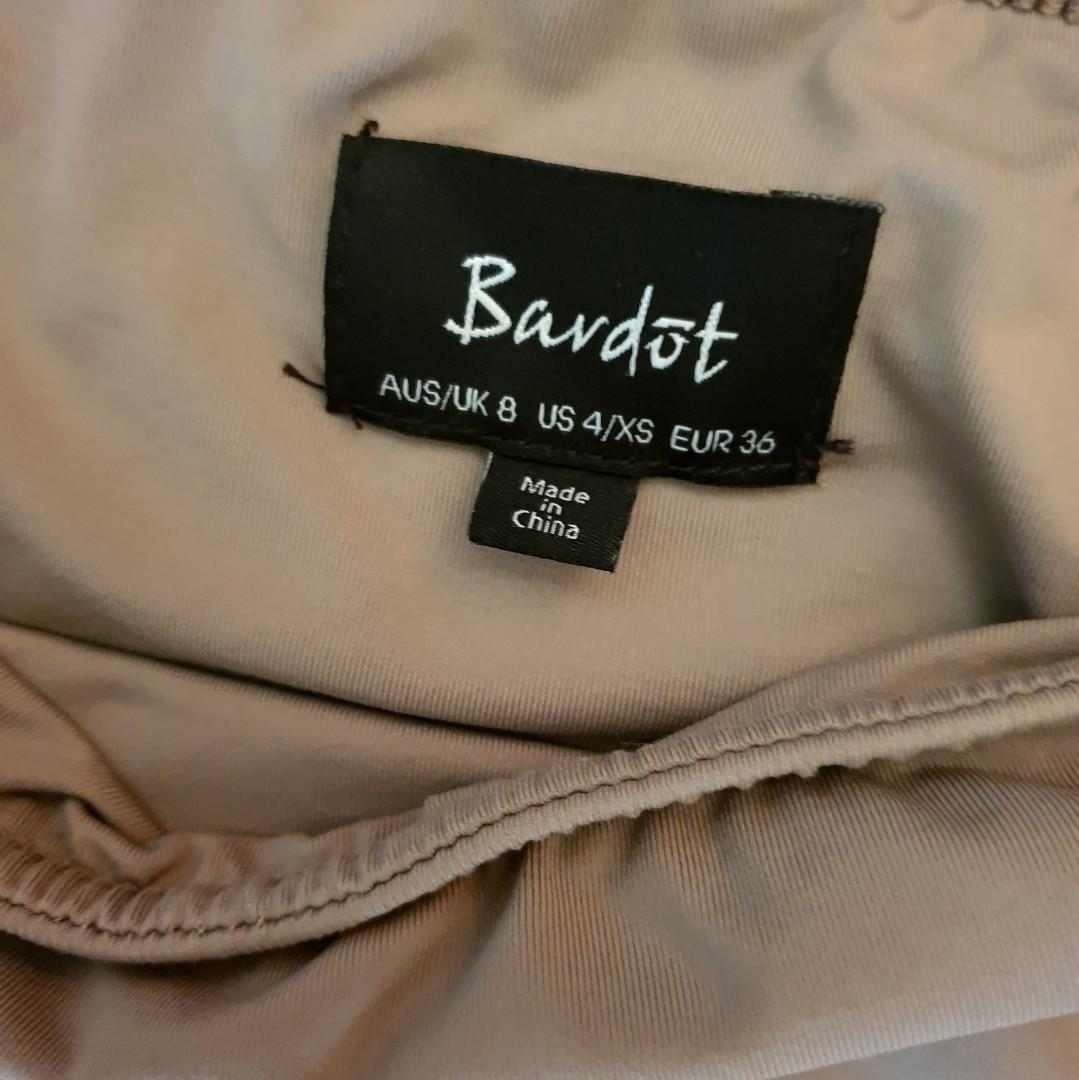 Women's size 8 'BARDOT' Stunning mocha coloured bodycon midi skirt - AS NEW