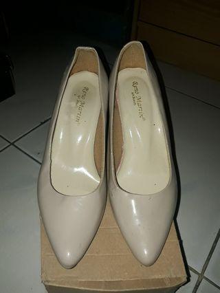 Cream High Heels Preloved