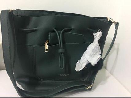 綠色包包~