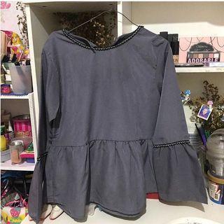 blouse grey