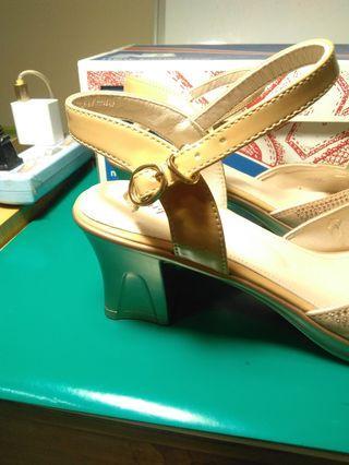 淑女鞋厚跟25號