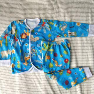 Baju bayi lengan panjang velvet
