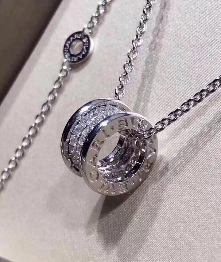 莫桑鑽石吊嘴連項鏈(18K)