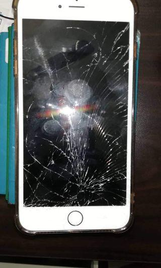 Buy Any Old IPhone with screen crack or Id lock