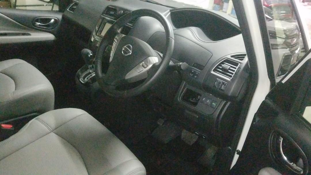 2015 - 0手 Nissan Serena Highway STAR - S-Hybrid 2.0