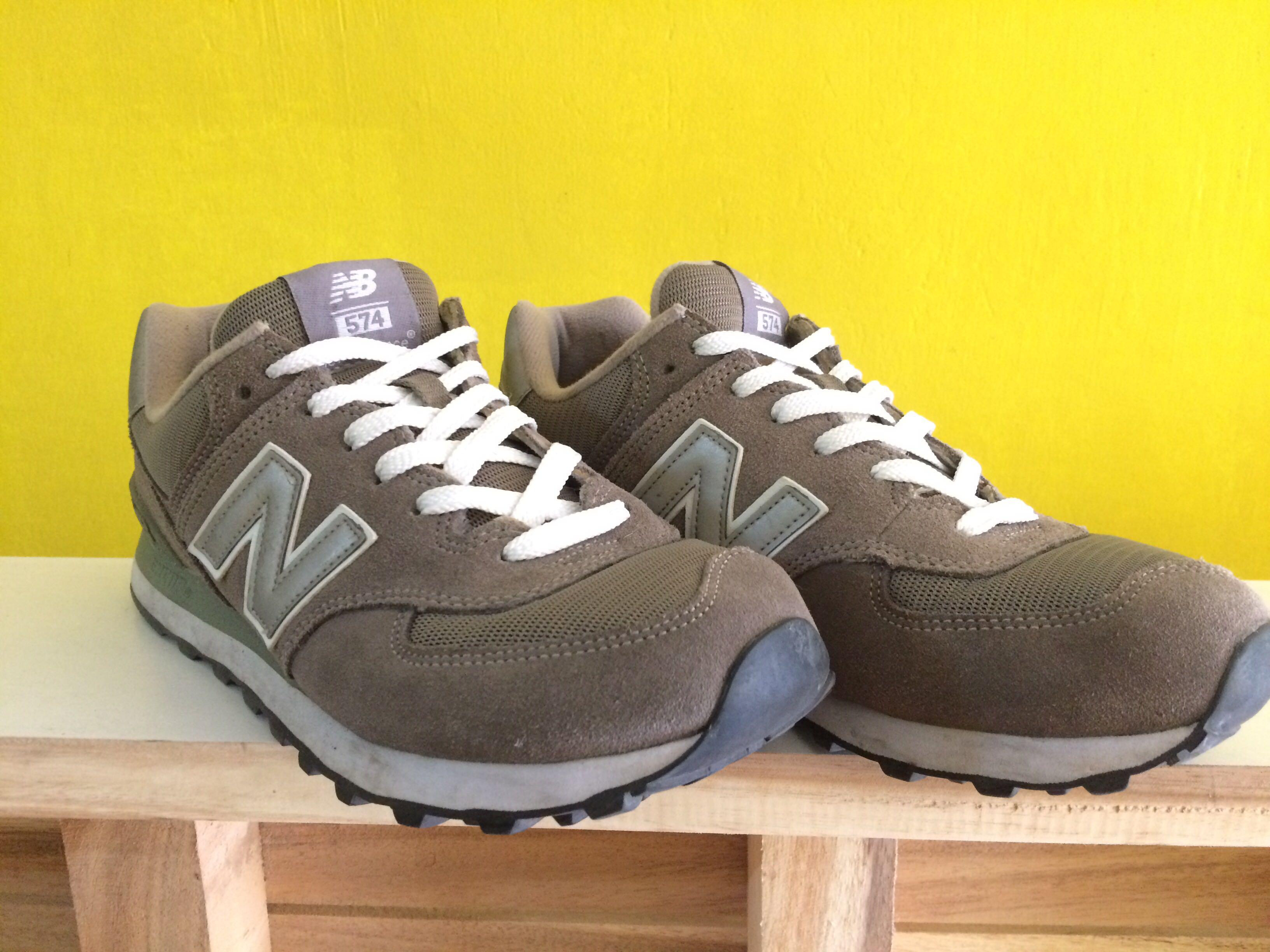best service e8bb2 c8dc7 For Sale/ Trade NB 574 Gray (Men's) on Carousell