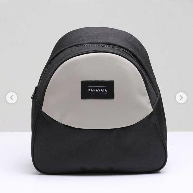 KANAVAIA pocket in sling-bag jet/thunder leather