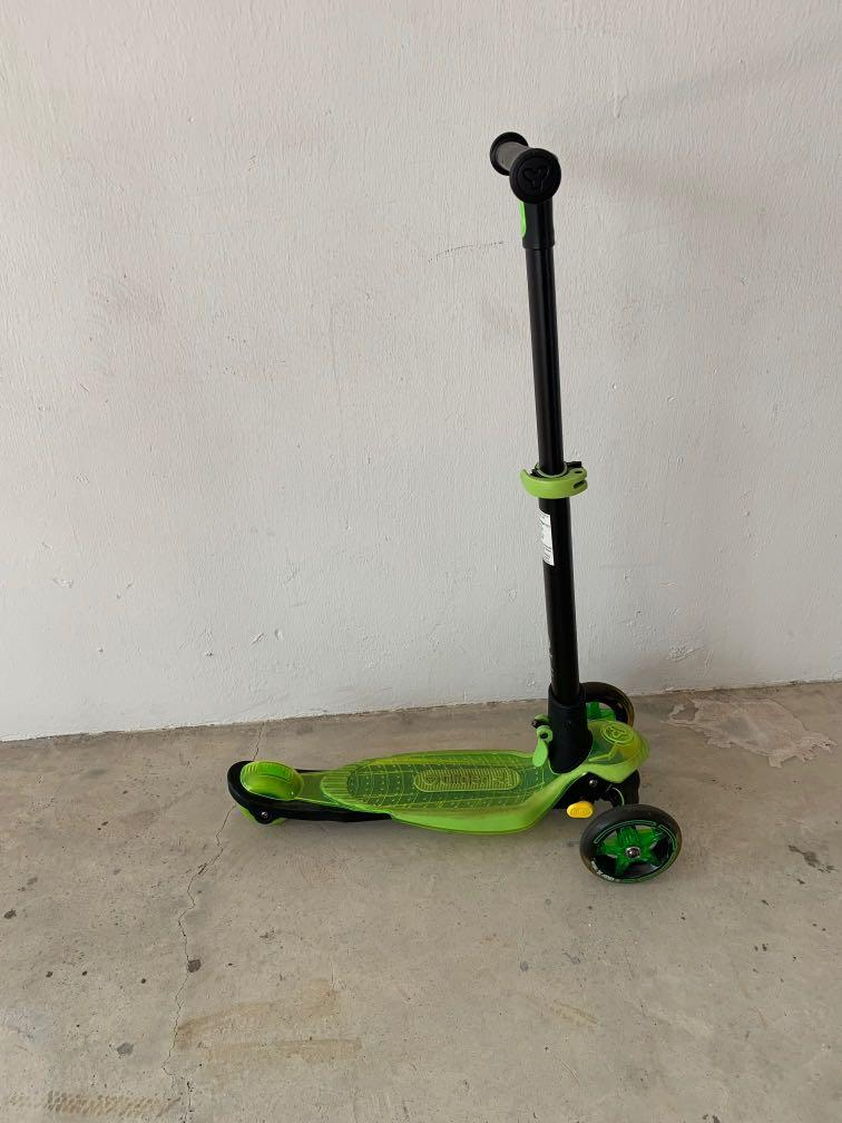 Kick Scooter for 8-14 year old