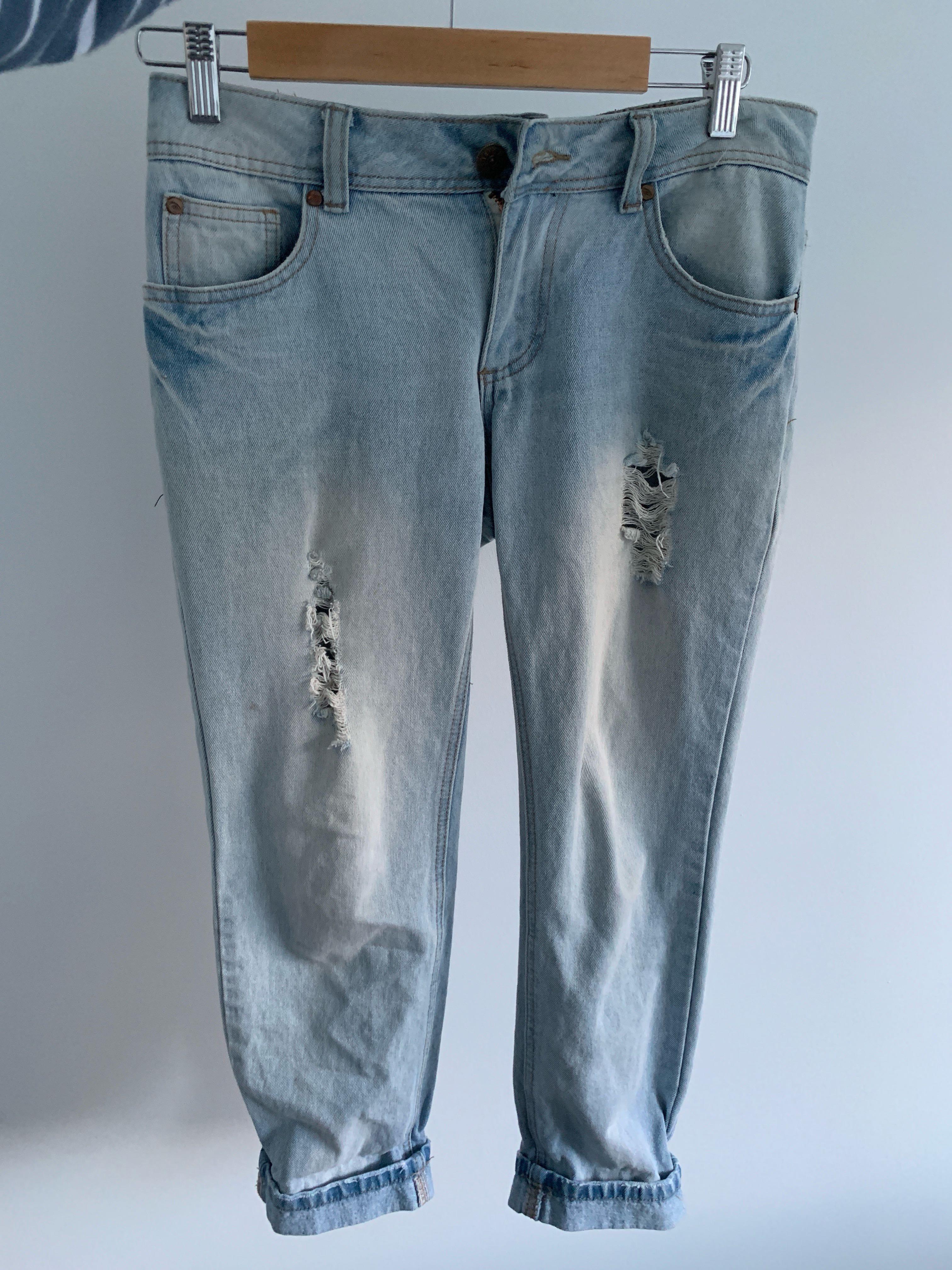 Light Denim Mom Jeans 👖