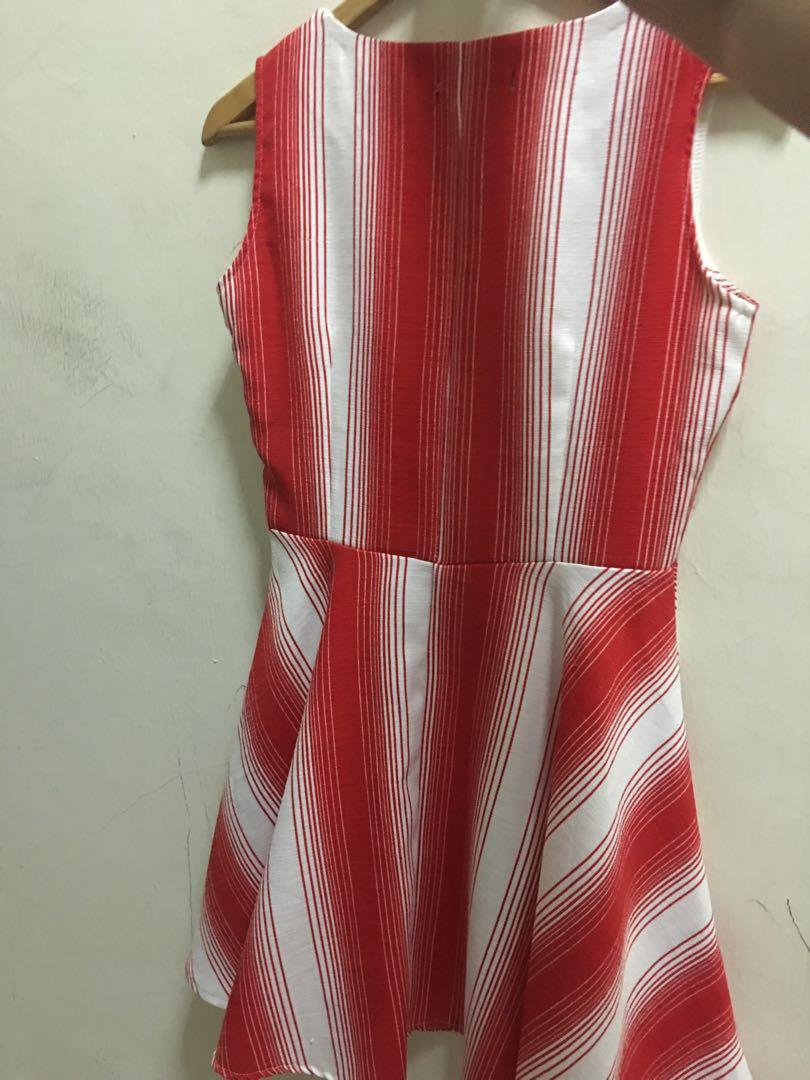 Prelove Red dress used during Chinese New Year due to cannot fit anymore