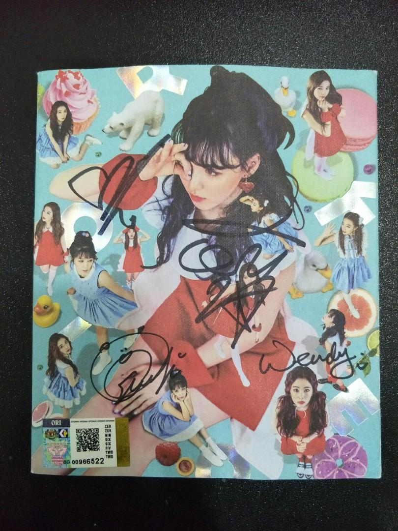 [WTS] AUTOGRAPHED RED VELVET ROOKIE ALBUM (Wendy Vers)