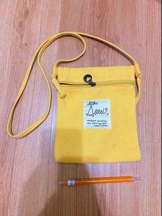 黃色 帆布包
