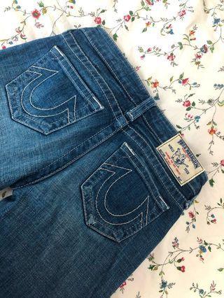 🚚 100% authentic True Religion Jeans