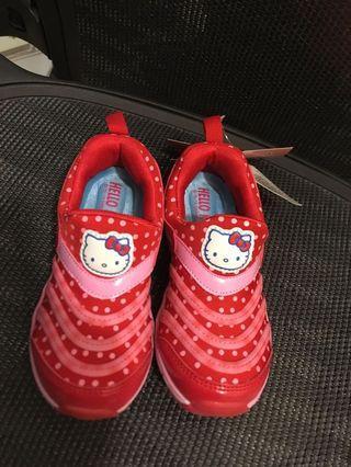 Kitty 紅色運動鞋 尺碼18