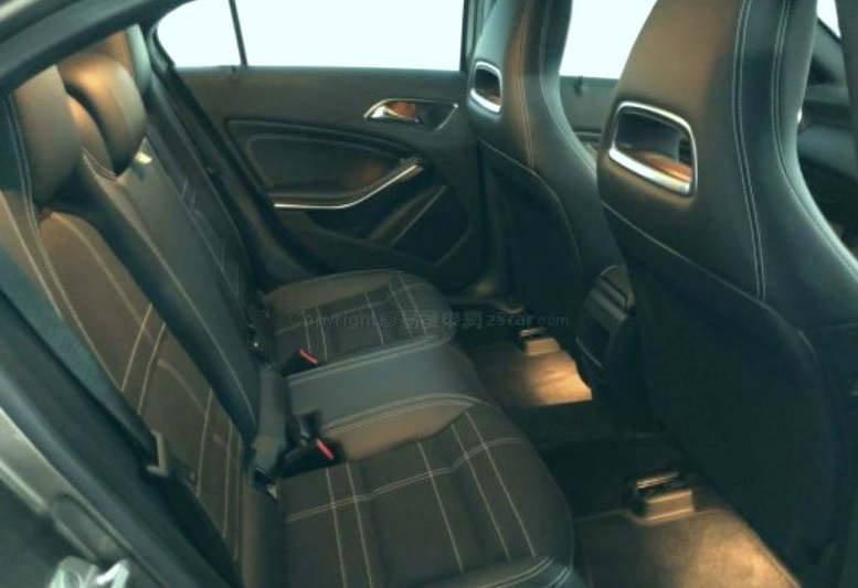 2013' Mercedes Benz A200 1.6 Turbo AT
