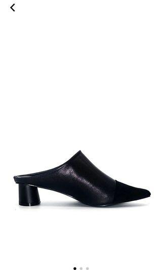 Polla polly mules heels