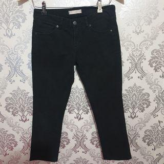 Uniqlo Black Crop Pants
