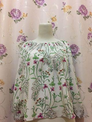Top White Floral