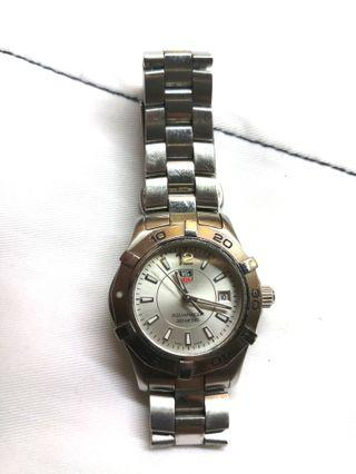 Cheapest in Carousell! Tag Heuer Aquaracer ladies quartz Watch