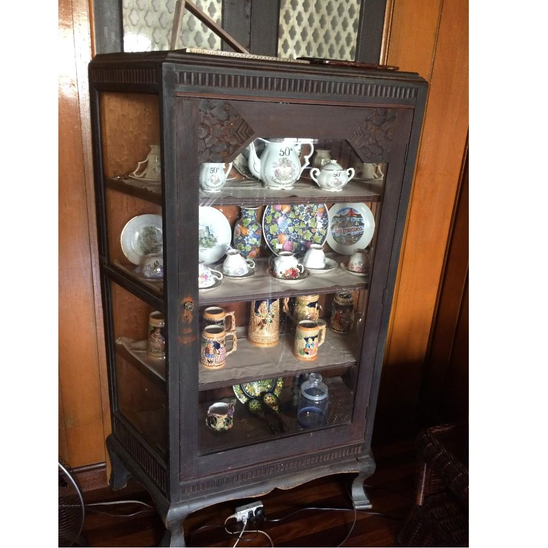 Antique China Cabinet 1936 Platera On