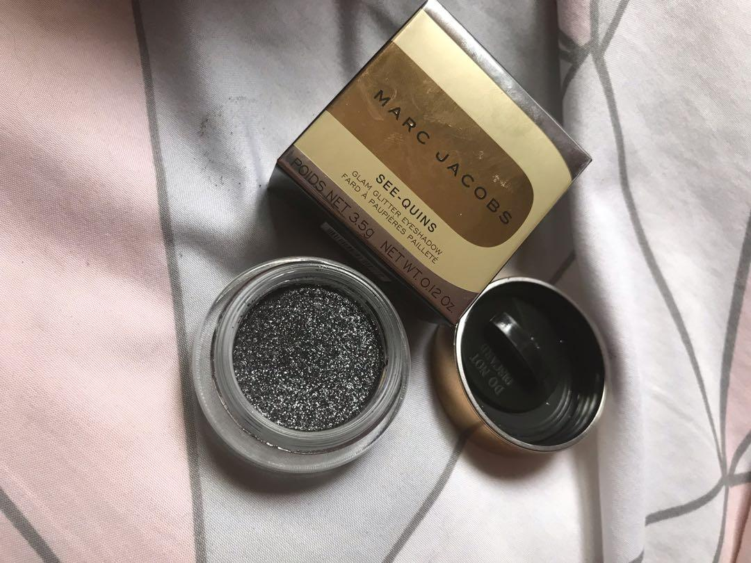 Marc Jacobs see-quins glitter eyeshadow in glam noir