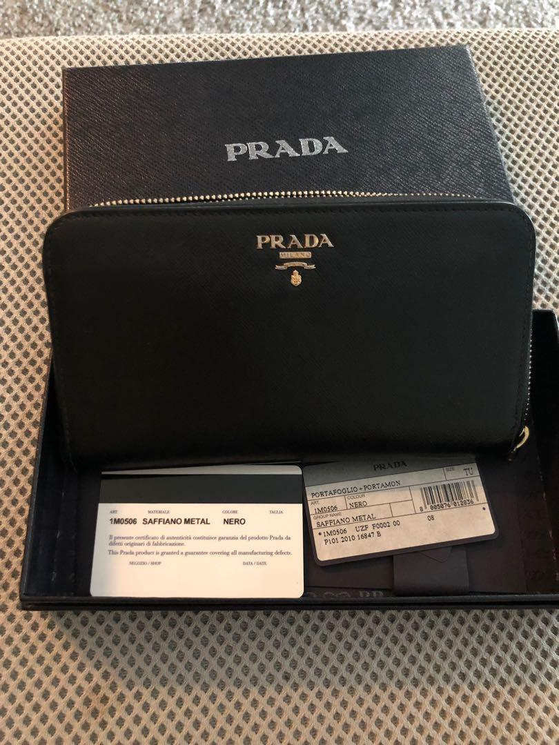 2020 really comfortable look good shoes sale Prada 1M0506 Saffiano Black Long wallet on Carousell
