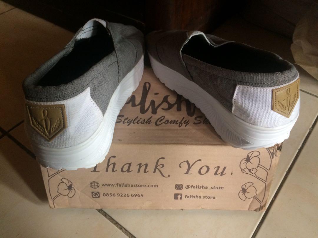 Sepatu wedges canvas #Astarigiveaway